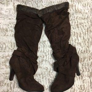 Glaze Velvet Furry Long Boots Brown  Size 8